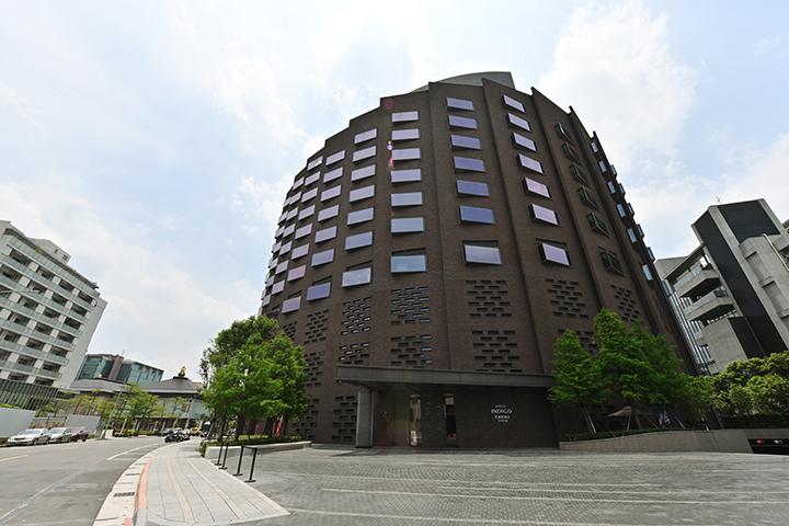 海螺型建築外觀是酒店的匠心獨具。 (圖.陳思明攝)