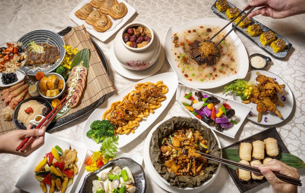 養心茶樓今年一樣端出澎湃美味的外帶年菜以饗饕客。(圖.徐嘉駒攝)