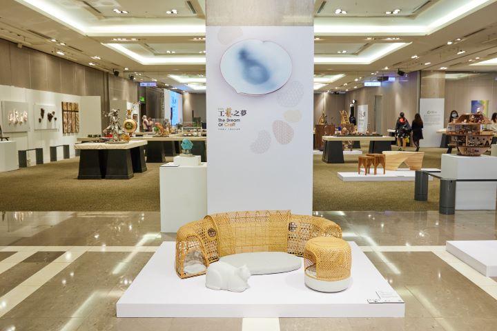 一年一度的 「工藝之夢」大展與競賽,是全台灣工藝界最重要的年度盛事,同步宣布的國家工藝成就獎也是台灣工藝界最具影響力的年度大獎。 (圖.新光三越文教基金會 提供)