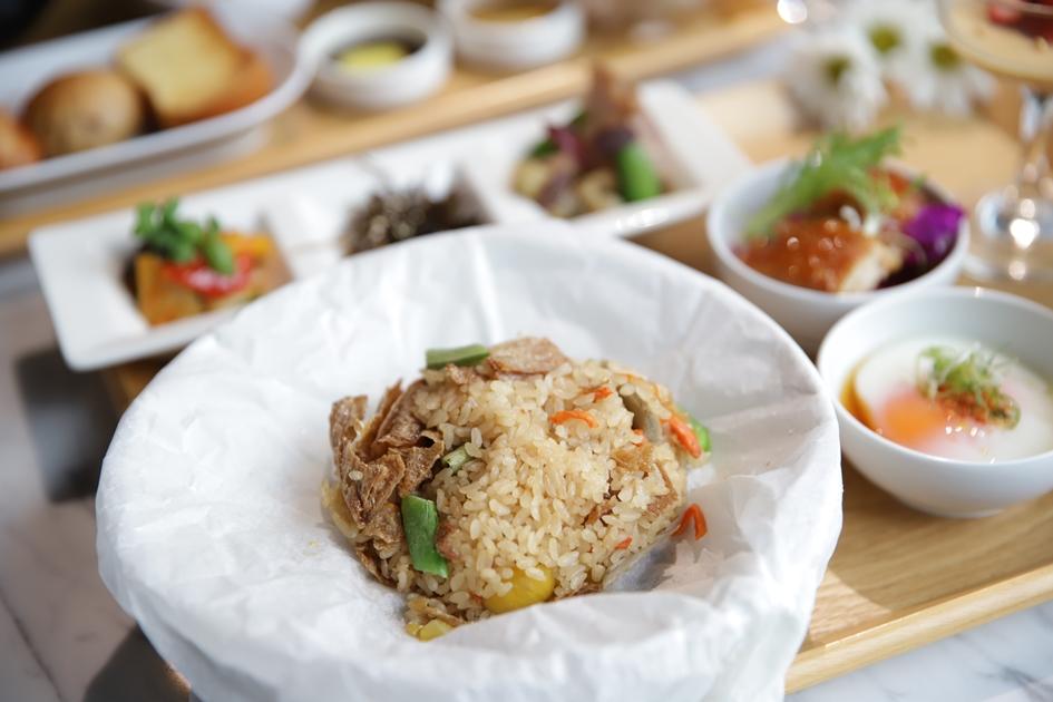 館內餐廳提供高雄晶英國際行館的精緻餐點,讓美術館成為可以優閒享受美食的生活空間。( 圖.妮可魯)
