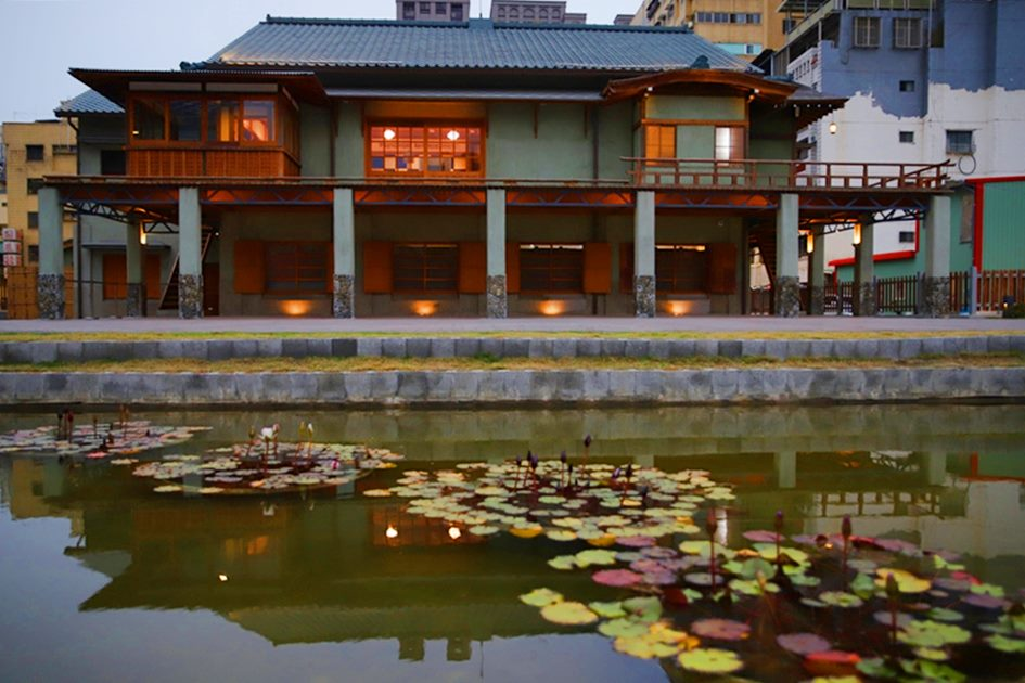 融合日式與西方建築風格的逍遙園,見證了高雄歷史風華。( 圖.妮可魯)