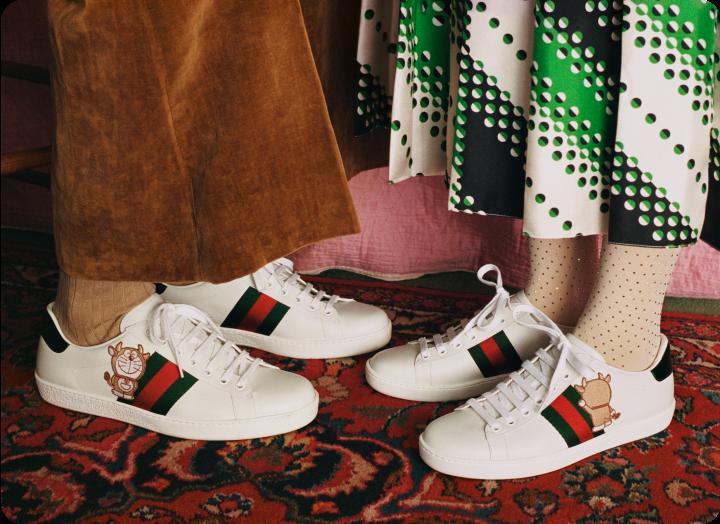 鞋款也同樣展現牛年的繽紛愉悅氣息。(圖.GUCCI 提供)
