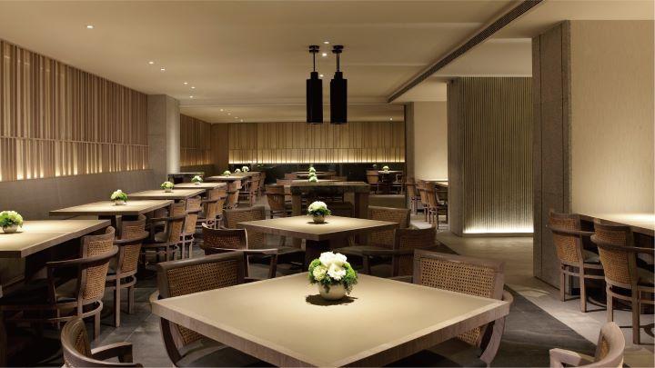 雅致的用餐空間環境,讓人們在泡湯之後享用豐盛美饌。 (圖.三燔礁溪 提供)