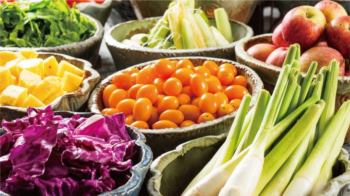 延續晶華酒店ROBIN'S Grill極受好評的「健康蔬食吧」。 (圖.三燔礁溪 提供)