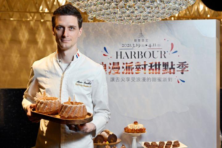 漢來海港一年一度春天的甜點期間限定活動,今年特別邀請 法籍米其林三星名廚Alexis Bouillet親自坐鎮設計每位美型甜點。 (圖.陳思明 攝影)
