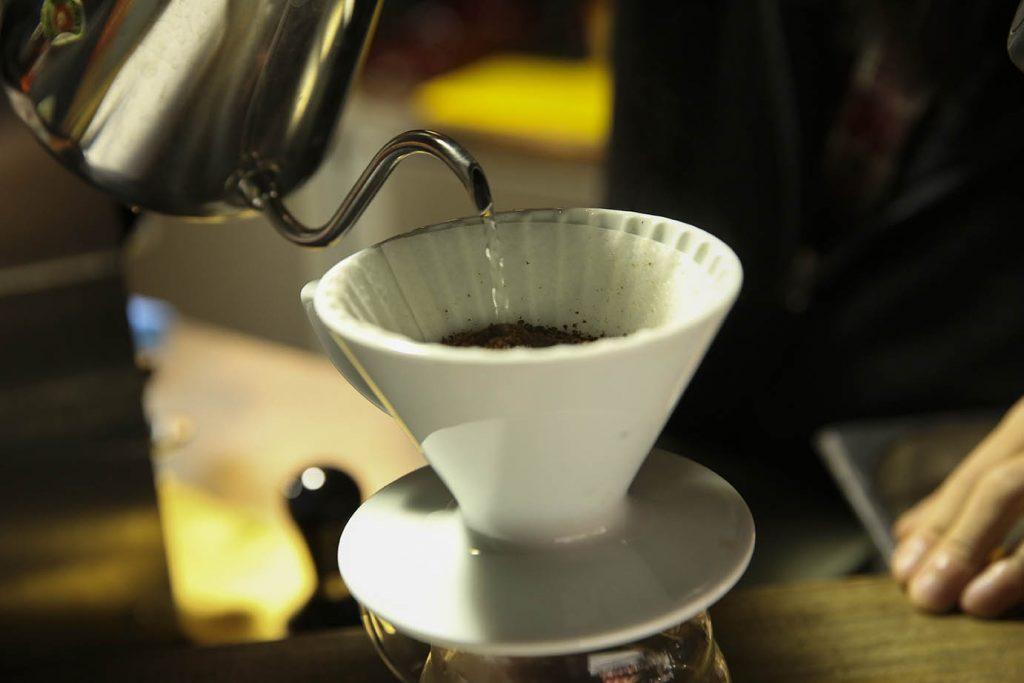 虎記商行的咖啡深受許多死忠客人喜歡。(圖.蔡暉宏攝)