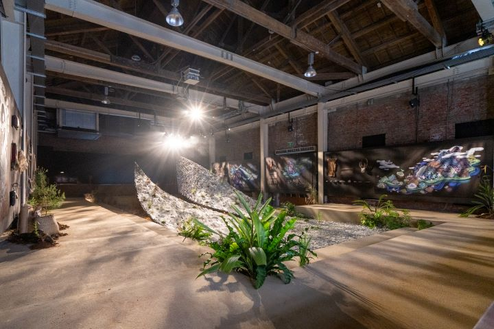 文博會的花蓮館,將展場打造成一座大型的考古現場。(圖.陳思明 攝影)